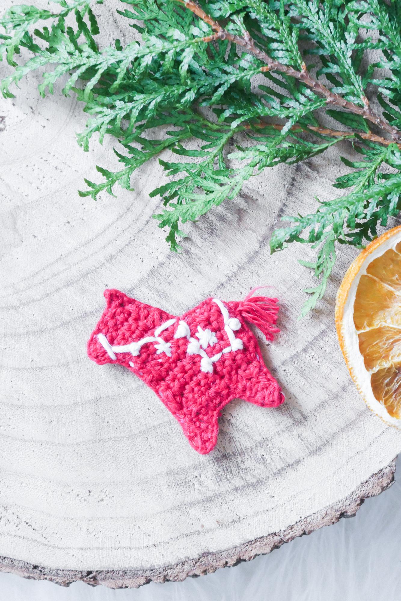 DalaPferd- skandinavisches Weihnachtssymbol häkeln als Aufnäher oder Applikation