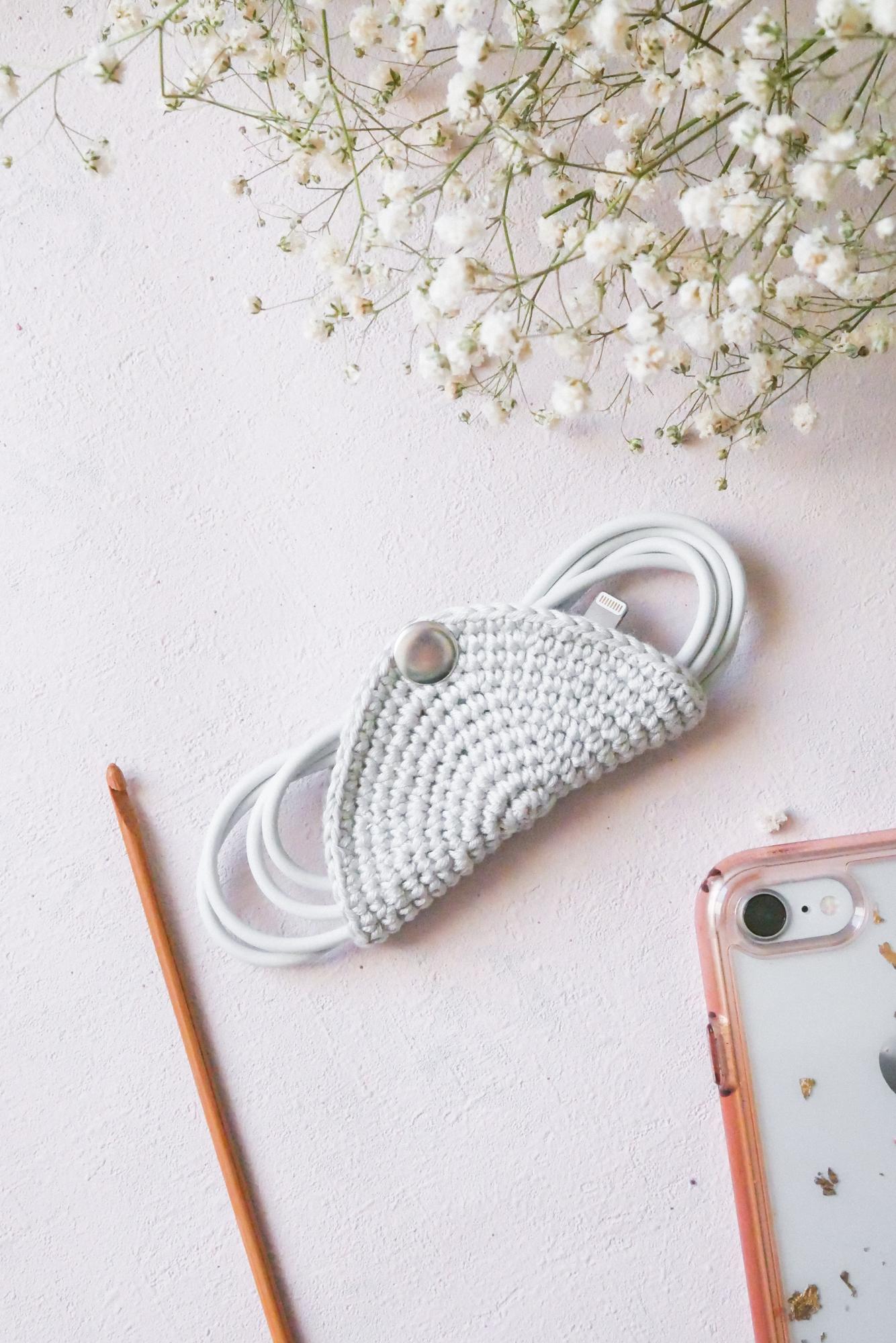 Ladekabel-Halter Häkeln- einfaches DIY für mehr Ordnung in der Handtasche