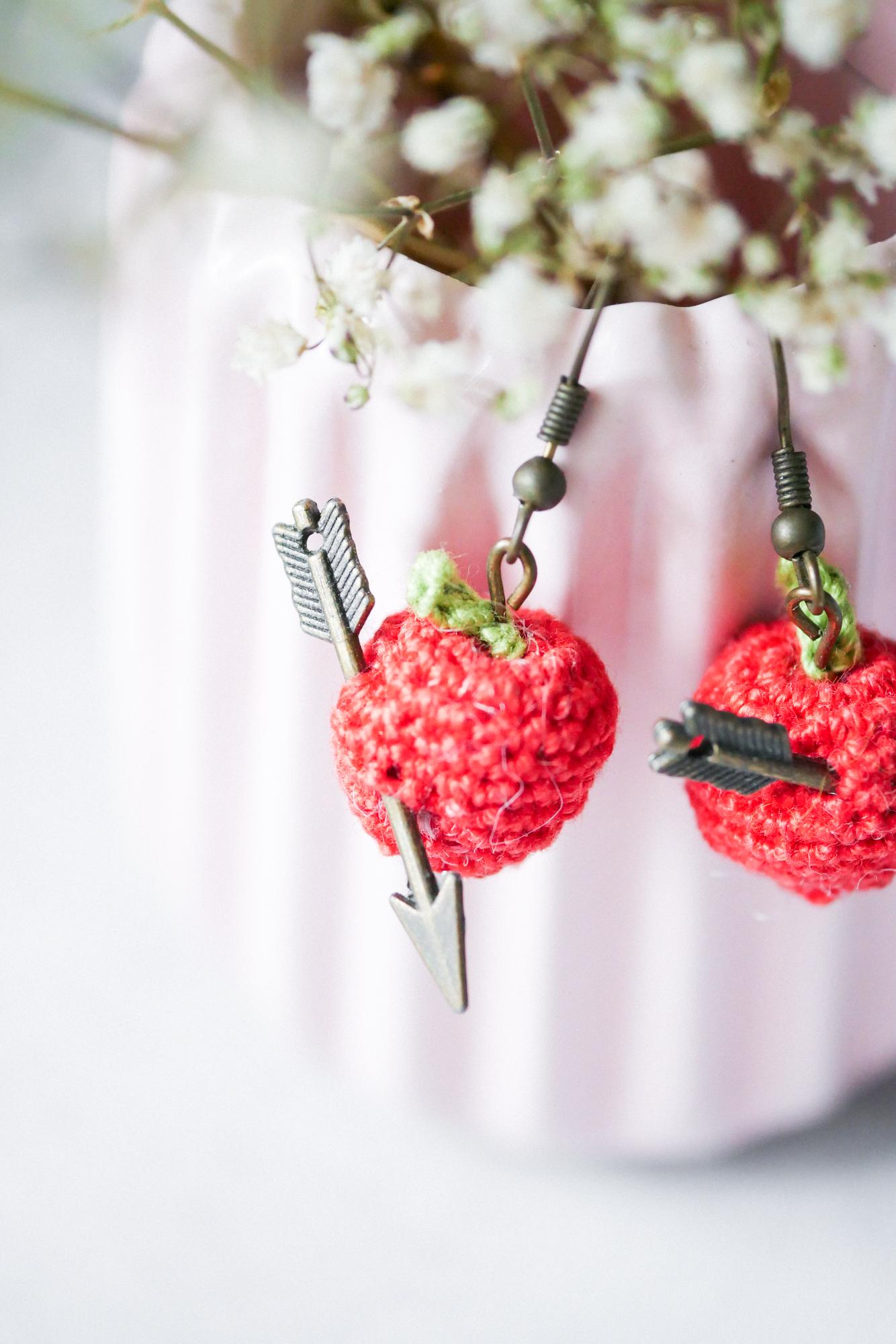 Apfel häkeln- filigrane Schmuckstücke im Obst-Look